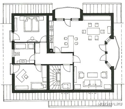 а) первый этаж, вид сверху;