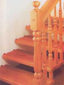 """Закрепление в стене ступеней """"висячей"""" лестницы"""